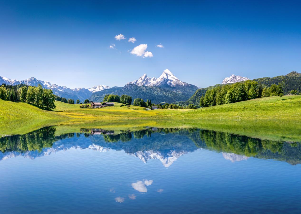 Pourquoi la montagne séduit de plus en plus de français l'été ?