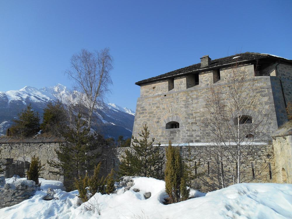 Randonnée vers les forts de l'Esseillon en Haute Maurienne