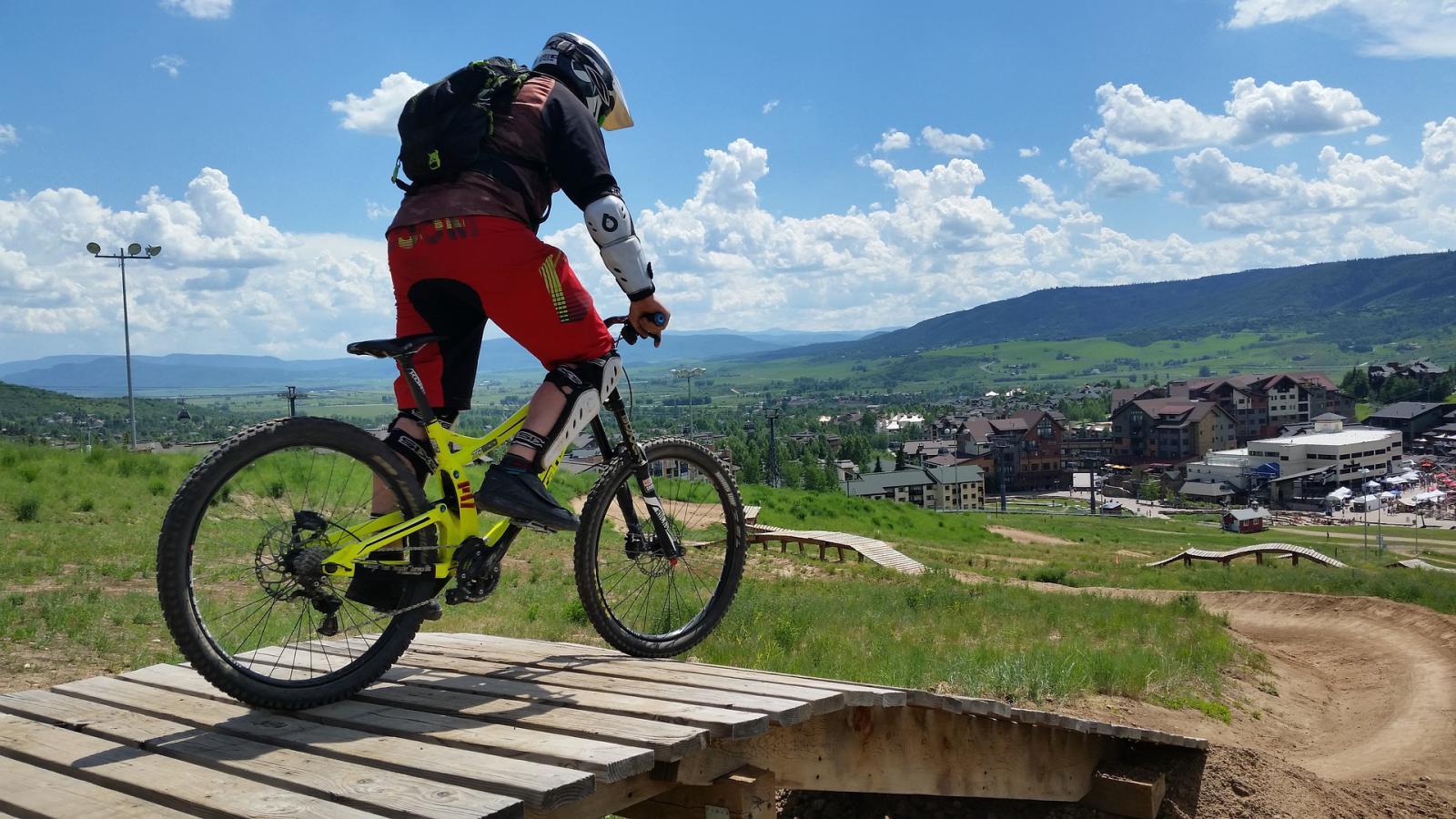 Top 5 des sports extrêmes à observer cet été