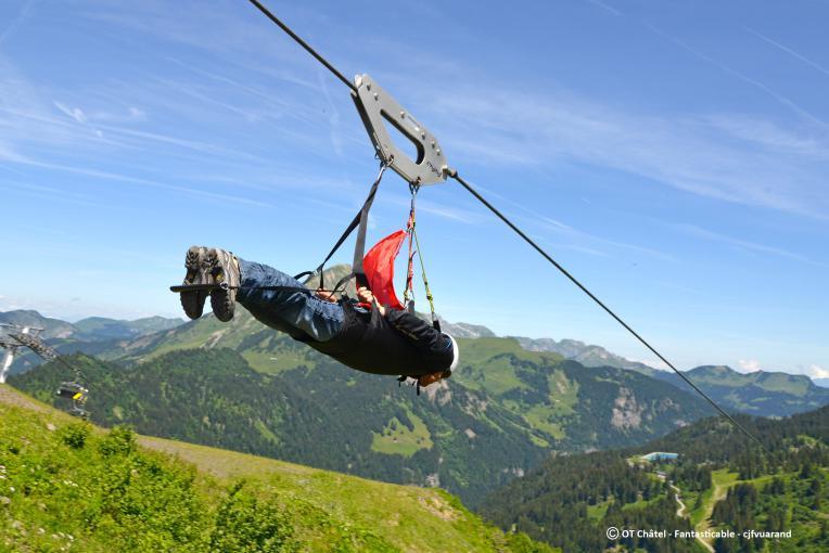 Top 5 des tyroliennes en montagne