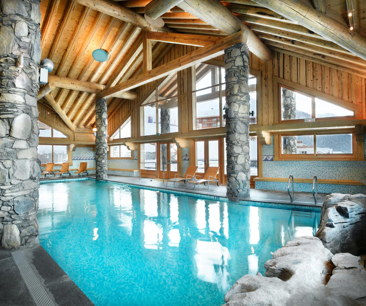 Location de prestige en montagne for Piscine valmorel
