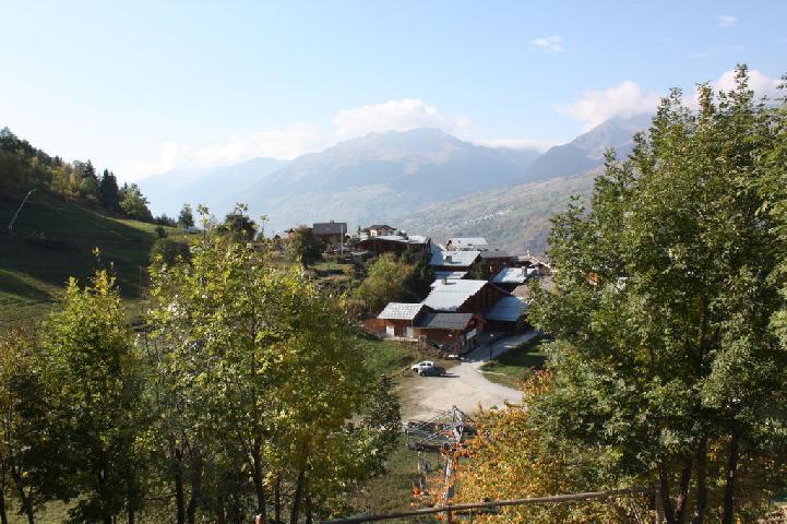 Location au ski Studio 5 personnes (1) - La Residence Le Pommeret - Montchavin - La Plagne - Extérieur été