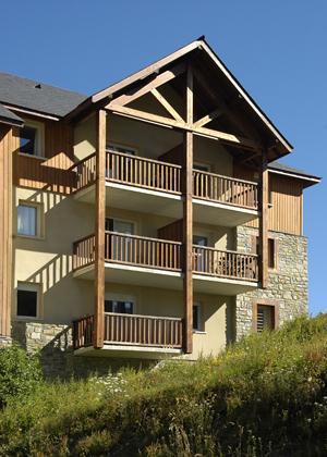 Location au ski Le Hameau De Balestas - Peyragudes - Extérieur été