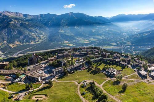 Location au ski Les Bergers Resort Residence - Pra Loup - Extérieur été