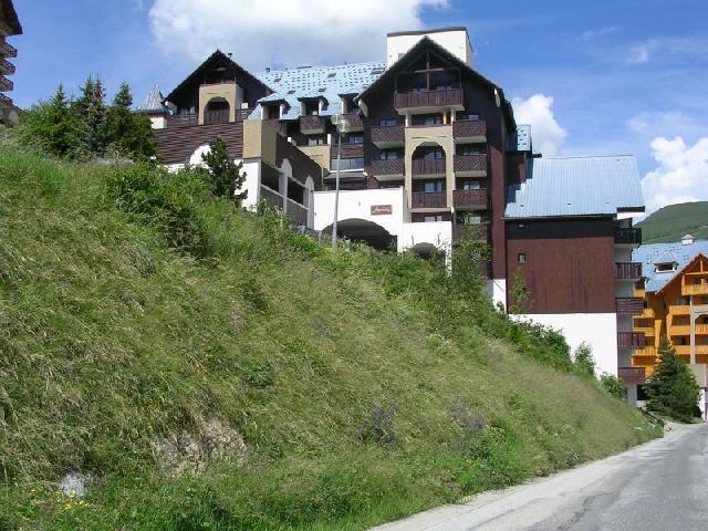 Location au ski Residence Alpheratz - Les 2 Alpes - Extérieur été