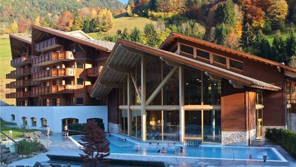 Location au ski Residence Dents Blanches - Dents Du Midi - Champéry - Extérieur été