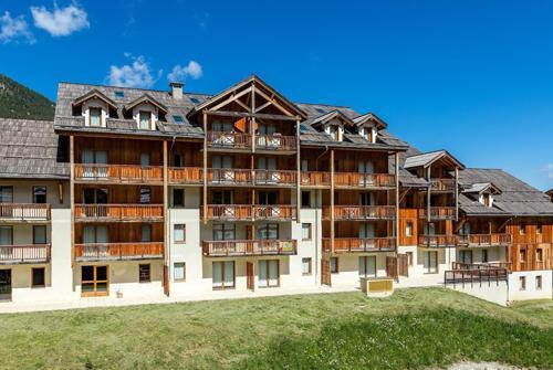 Location au ski Residence Le Bois Mean - Les Orres - Extérieur été