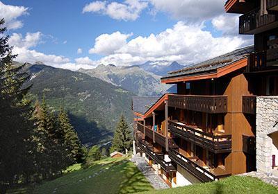 Location au ski Residence Les Brigues - Courchevel - Extérieur été