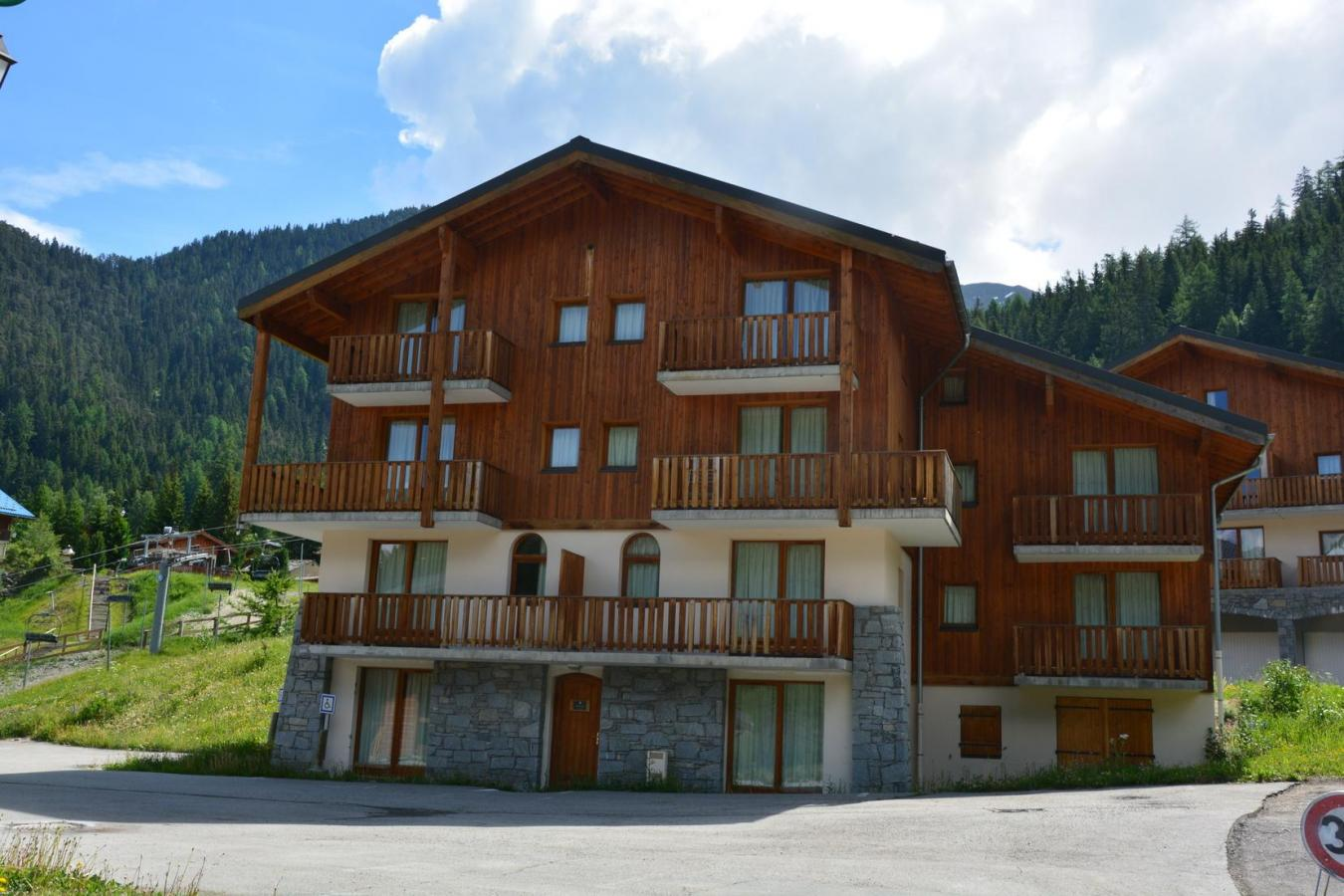 Location Residence Les Chalets De La Ramoure été