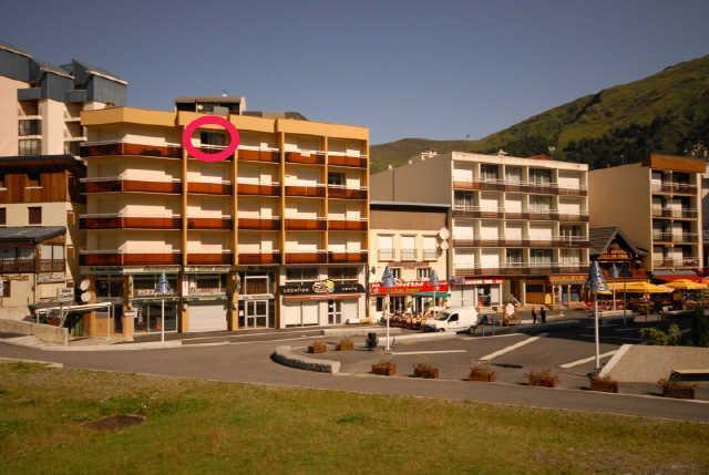 Location au ski Studio 4 personnes (C1) - Residence Les Marmottes - Gourette - Extérieur été