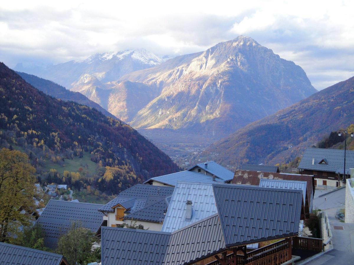 Location au ski Residence Les Valmonts De Vaujany - Vaujany - Extérieur été