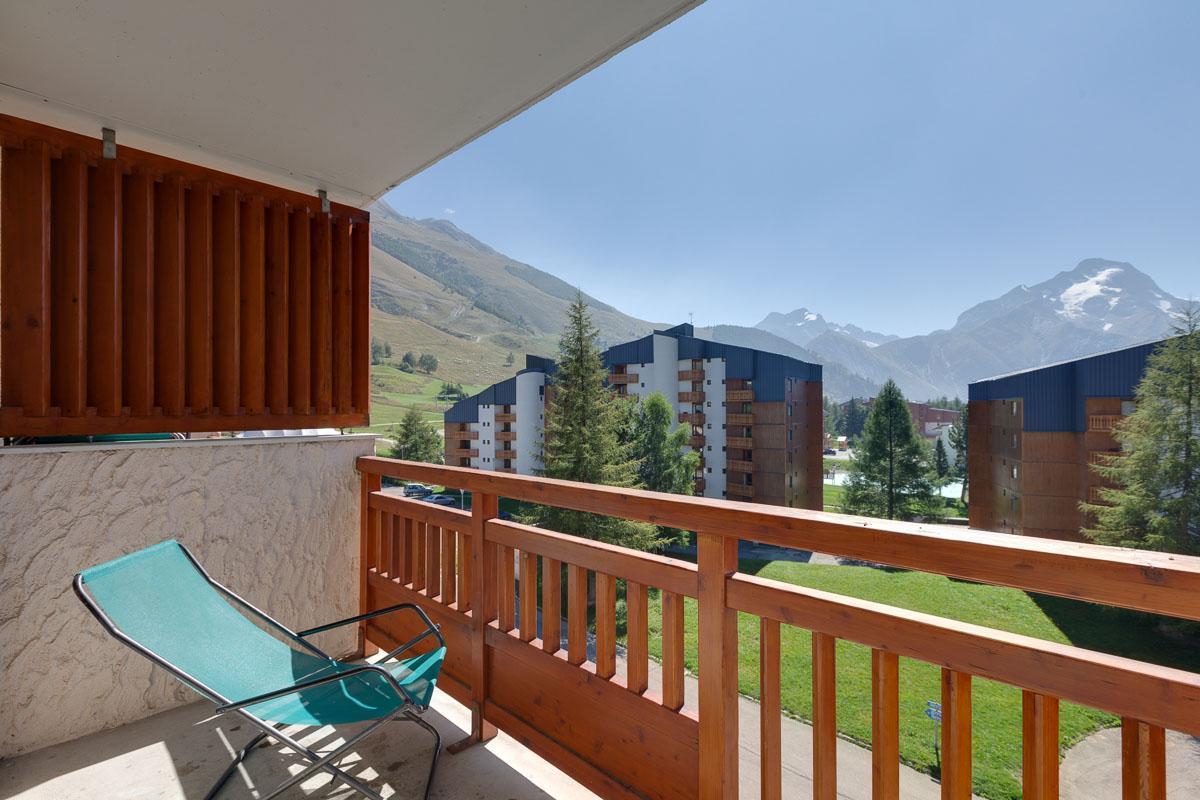 Location au ski Studio 4 personnes (302) - Residence Meijotel Centaines - Les 2 Alpes - Extérieur été
