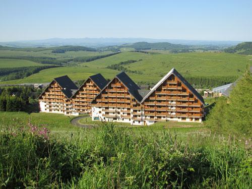 Location au ski Residence O Sancy By Residandco - Super Besse - Extérieur été