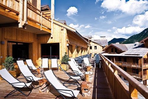 Location au ski Anova Hôtel & Spa - Montgenèvre - Extérieur été