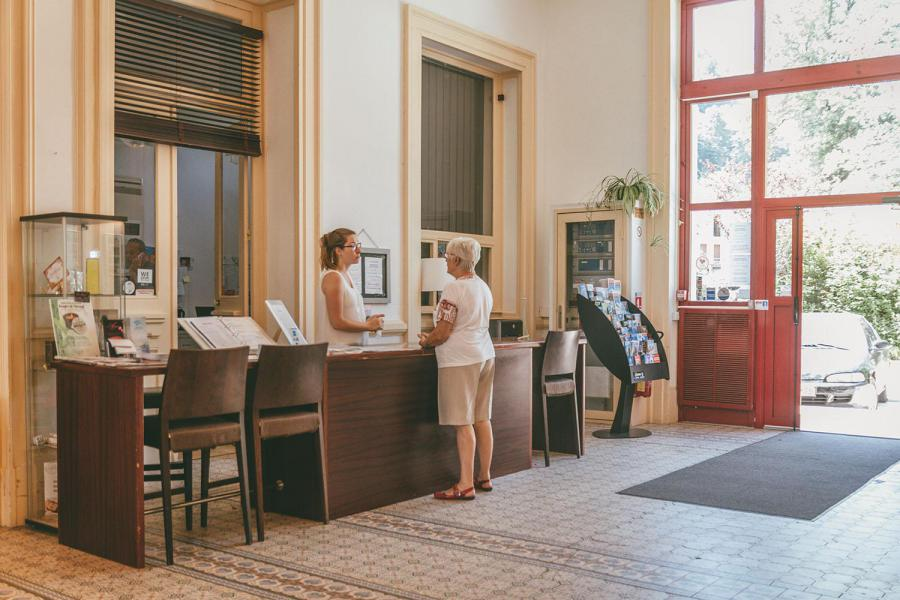 Vakantie in de bergen Appart'Hôtel le Splendid - Le Collet d'Allevard - Receptie