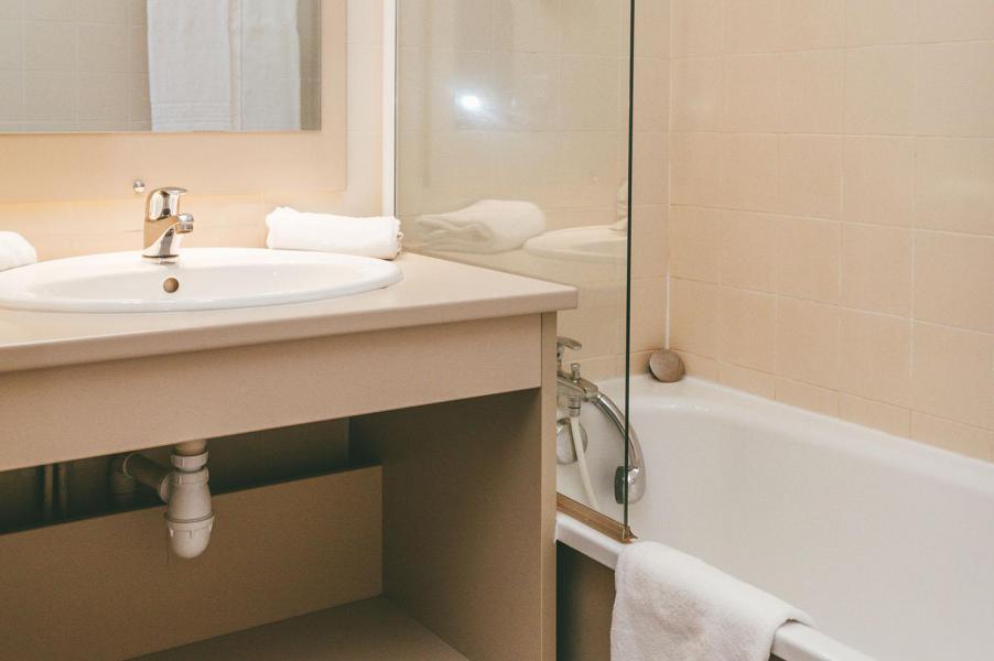 Vacances en montagne Appart'Hôtel le Splendid - Le Collet d'Allevard - Salle de bains