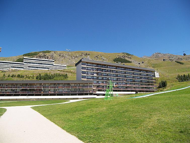 Holiday in mountain resort Aravis - Les Menuires - Summer outside