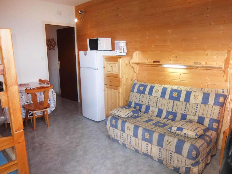 Holiday in mountain resort 1 room apartment 4 people (4) - Ariane - Le Corbier - Accommodation