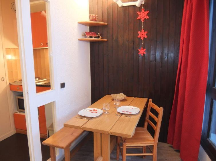 Holiday in mountain resort 1 room apartment 2 people (3) - Armoise - Les Menuires - Accommodation