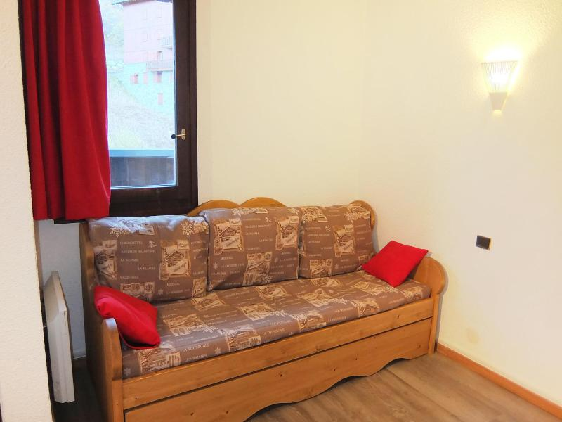 Holiday in mountain resort 1 room apartment 2 people (4) - Armoise - Les Menuires - Accommodation