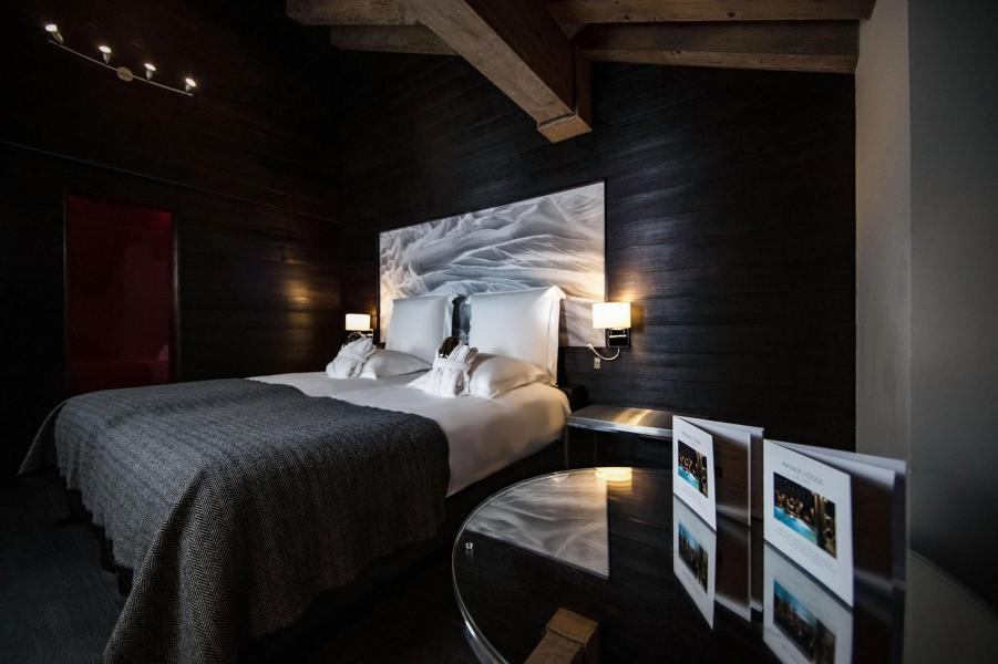 Holiday in mountain resort Avenue Lodge Hôtel - Val d'Isère - Bedroom
