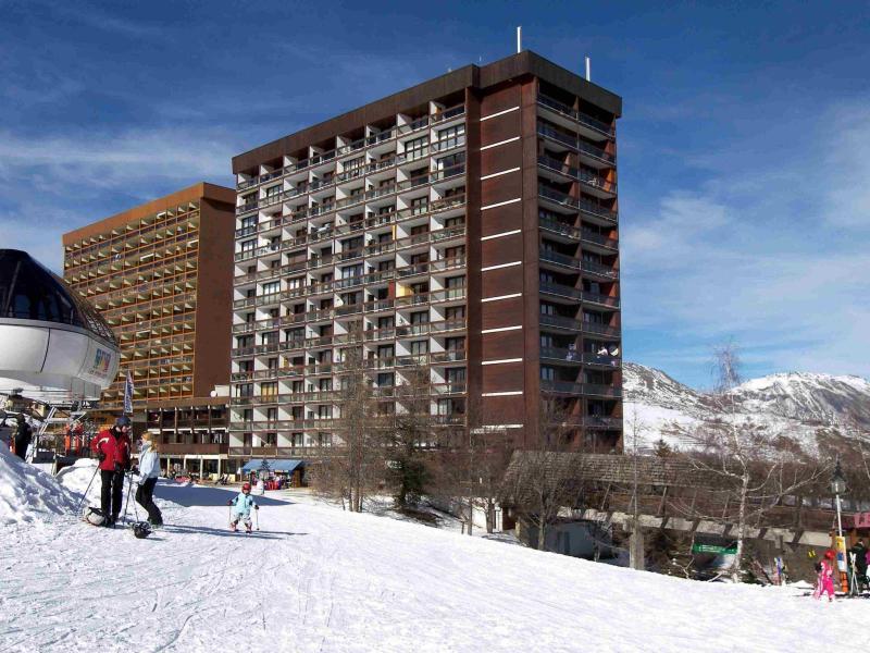 Wakacje w górach Baikonour - Le Corbier