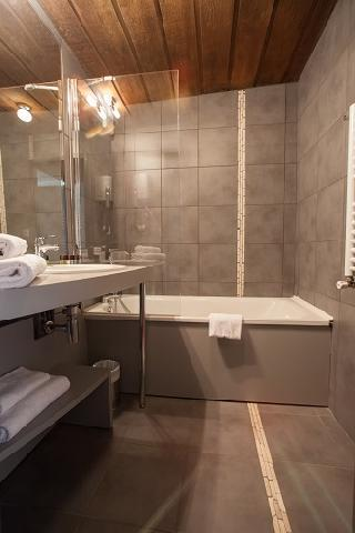 Holiday in mountain resort Best Western Plus Excelsior Chamonix Hôtel & Spa - Chamonix - Bathroom