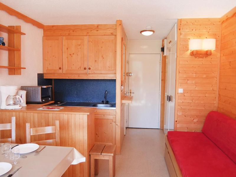 Holiday in mountain resort 1 room apartment 4 people (9) - Caron - Les Menuires - Accommodation