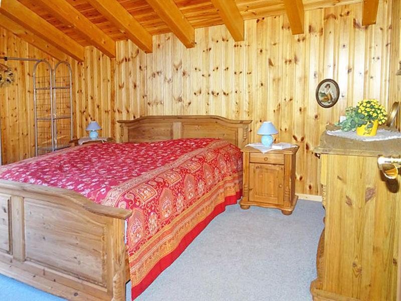 Holiday in mountain resort Chalet Albert - Thyon - Bedroom under mansard