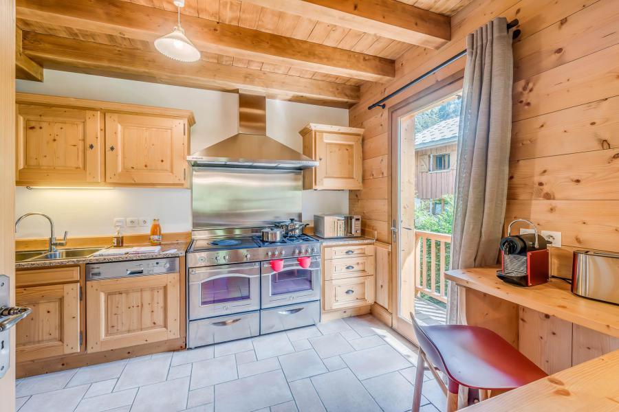 Holiday in mountain resort 7 room triplex chalet 10-12 people - Chalet Alideale - Champagny-en-Vanoise - Kitchenette