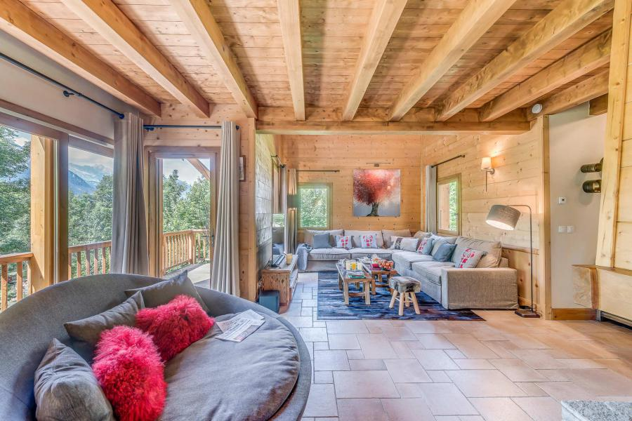 Holiday in mountain resort 7 room triplex chalet 10-12 people - Chalet Alideale - Champagny-en-Vanoise - Living room