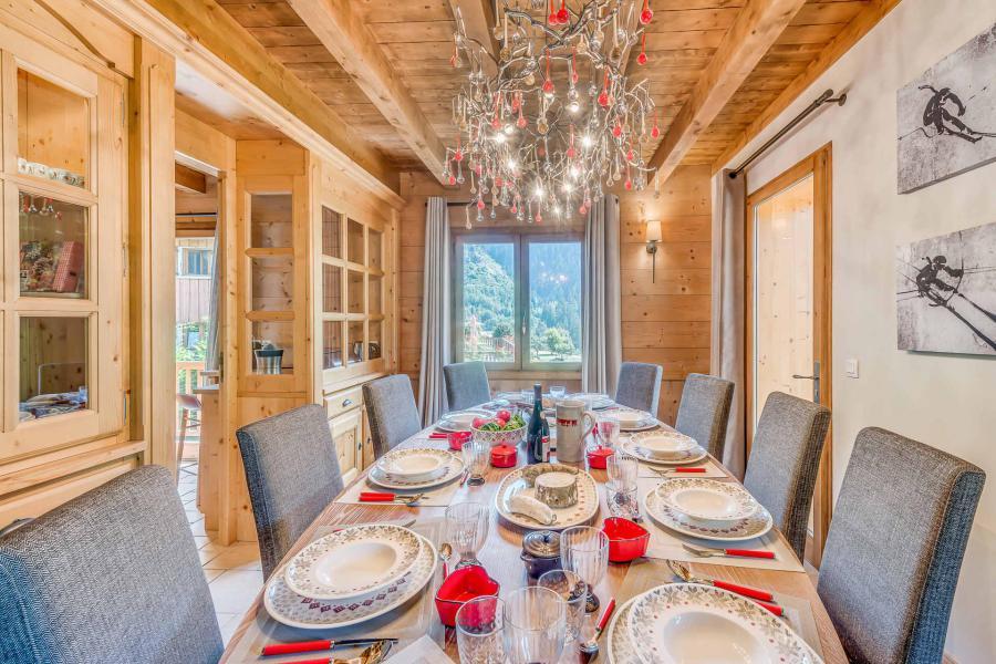 Wakacje w górach Domek górski triplex 7 pokojowy dla 7- 12 osób - Chalet Alideale - Champagny-en-Vanoise - Stołem