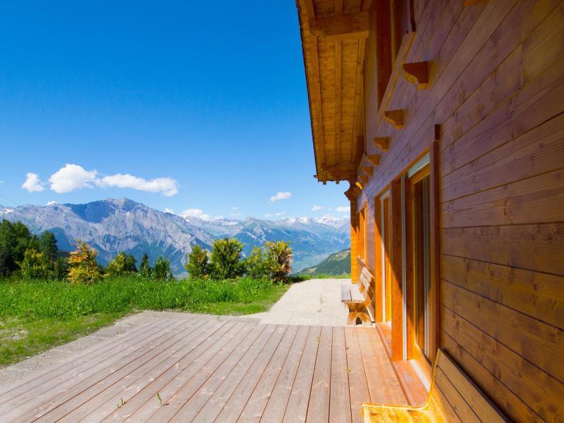 Vacances en montagne Chalet Alpina P12 - La Tzoumaz - Extérieur été