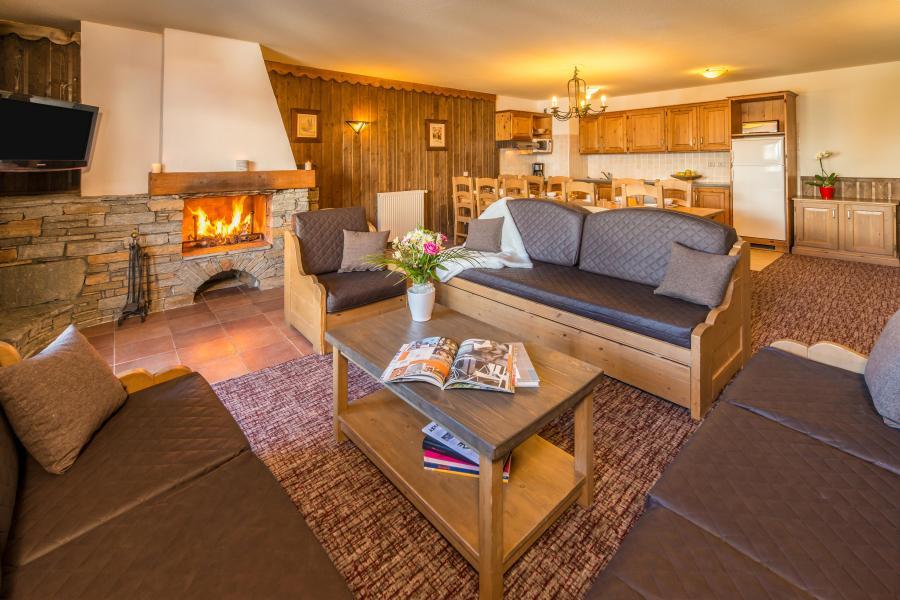 Vacances en montagne Appartement 6 pièces 10-12 personnes - Chalet Altitude - Les Arcs - Cheminée