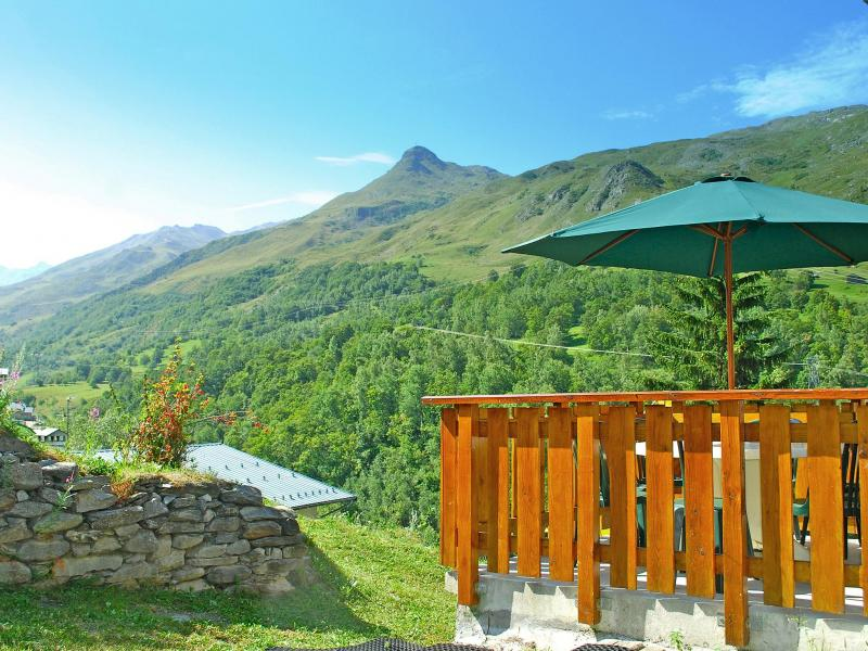 Vacances en montagne Chalet Balcon Cime de Caron - Les Menuires - Extérieur été