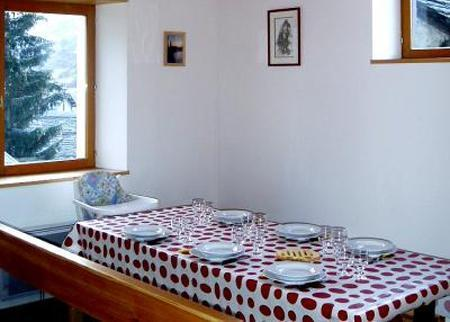 Vacances en montagne Chalet Ballade - Les Menuires - Coin repas