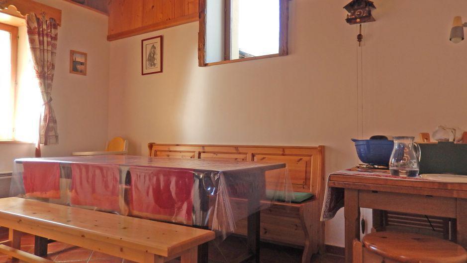 Urlaub in den Bergen Chalet Ballade - Les Menuires - Esszimmer
