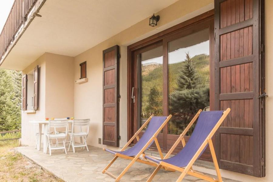 Vacanze in montagna Appartamento 3 stanze per 8 persone (LAR00) - Chalet Bambi Laroche - Serre Chevalier