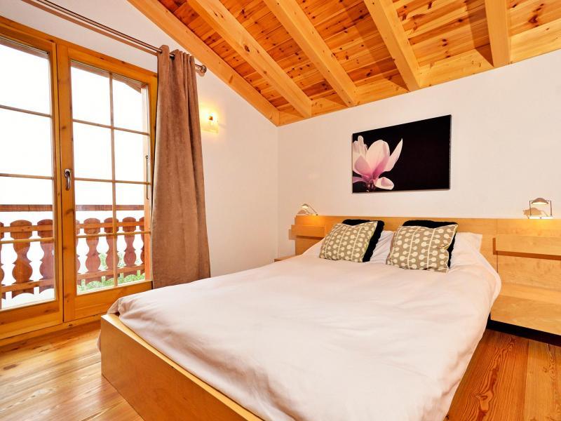 Holiday in mountain resort Chalet Bellevue - La Tzoumaz - Bedroom
