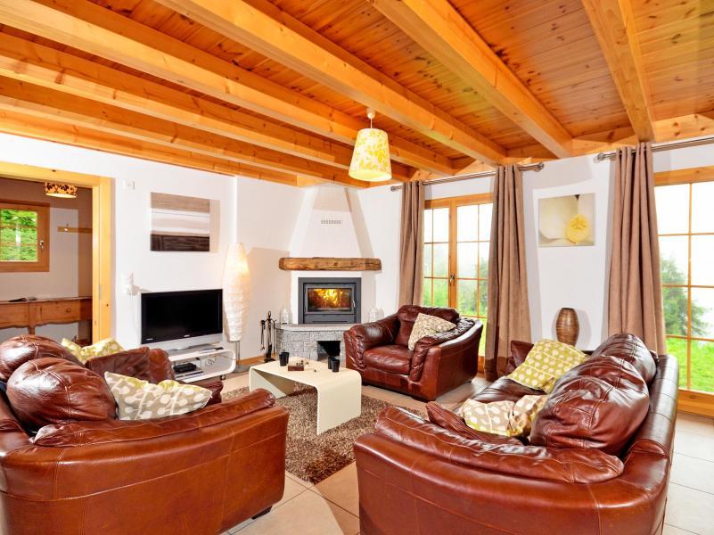 Holiday in mountain resort Chalet Bellevue - La Tzoumaz - Living room