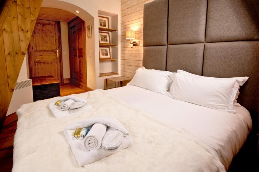 Holiday in mountain resort Chalet Brioche - Méribel - Bedroom