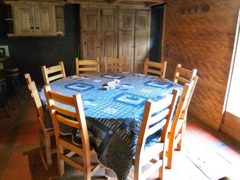 Vacances en montagne Chalet Bucher - Champagny-en-Vanoise - Salle à manger