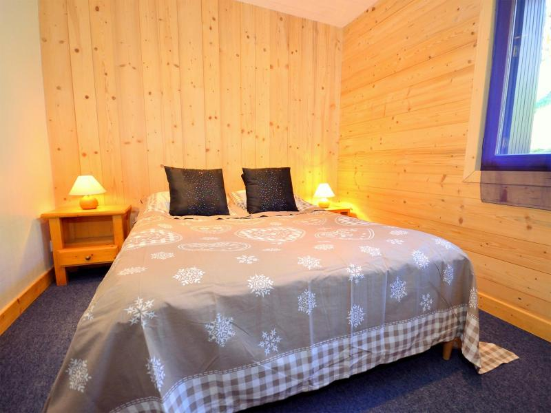 Holiday in mountain resort Chalet Carella - Champagny-en-Vanoise - Bedroom