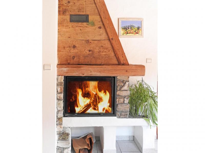 Vacances en montagne Chalet Carella - Champagny-en-Vanoise - Cheminée