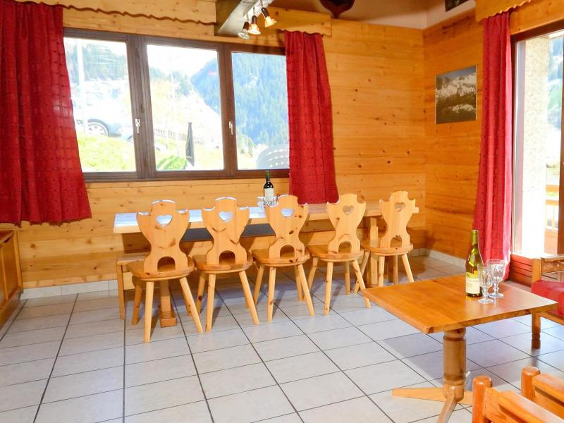 Holiday in mountain resort Chalet Carella - Champagny-en-Vanoise - Dining area