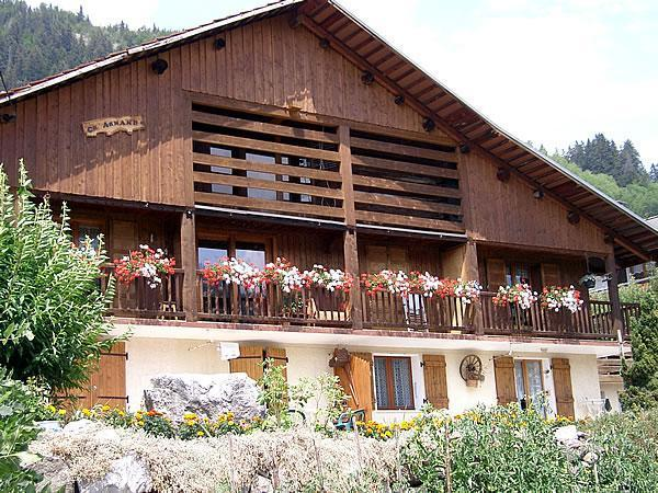 Wynajem na narty Chalet Ch'Armand - Le Grand Bornand - Na zewnątrz latem