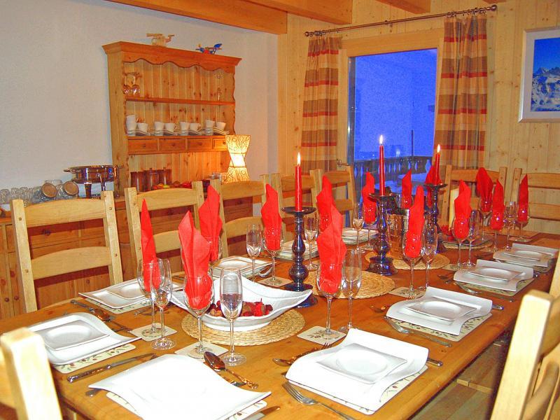 Vacances en montagne Chalet Charmille - La Tzoumaz - Salle à manger