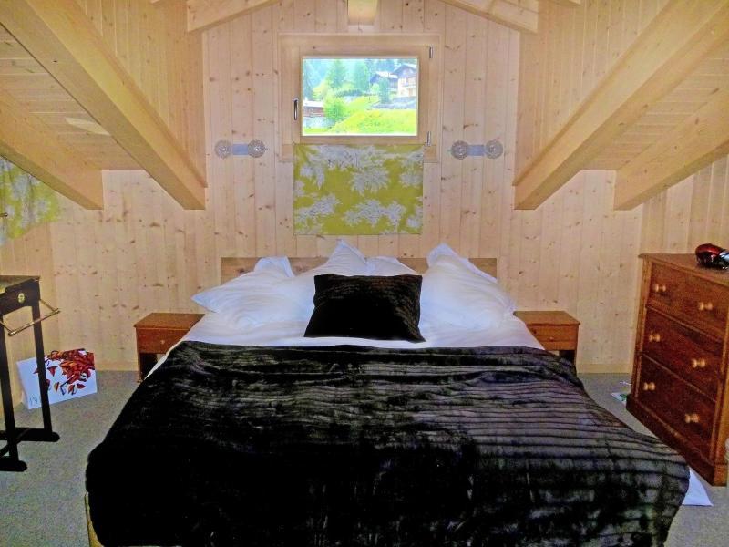 Holiday in mountain resort Chalet Chaud - La Tzoumaz - Bedroom