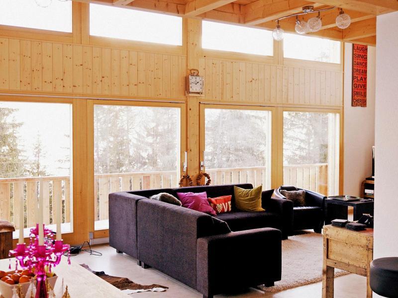 Holiday in mountain resort Chalet Chaud - La Tzoumaz - Living room