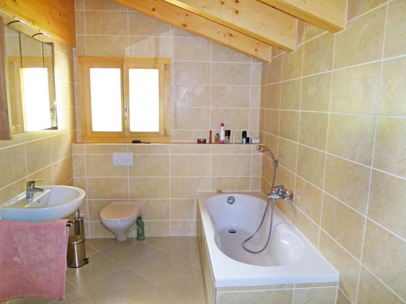 Vacances en montagne Chalet Chaud - La Tzoumaz - Salle de bains